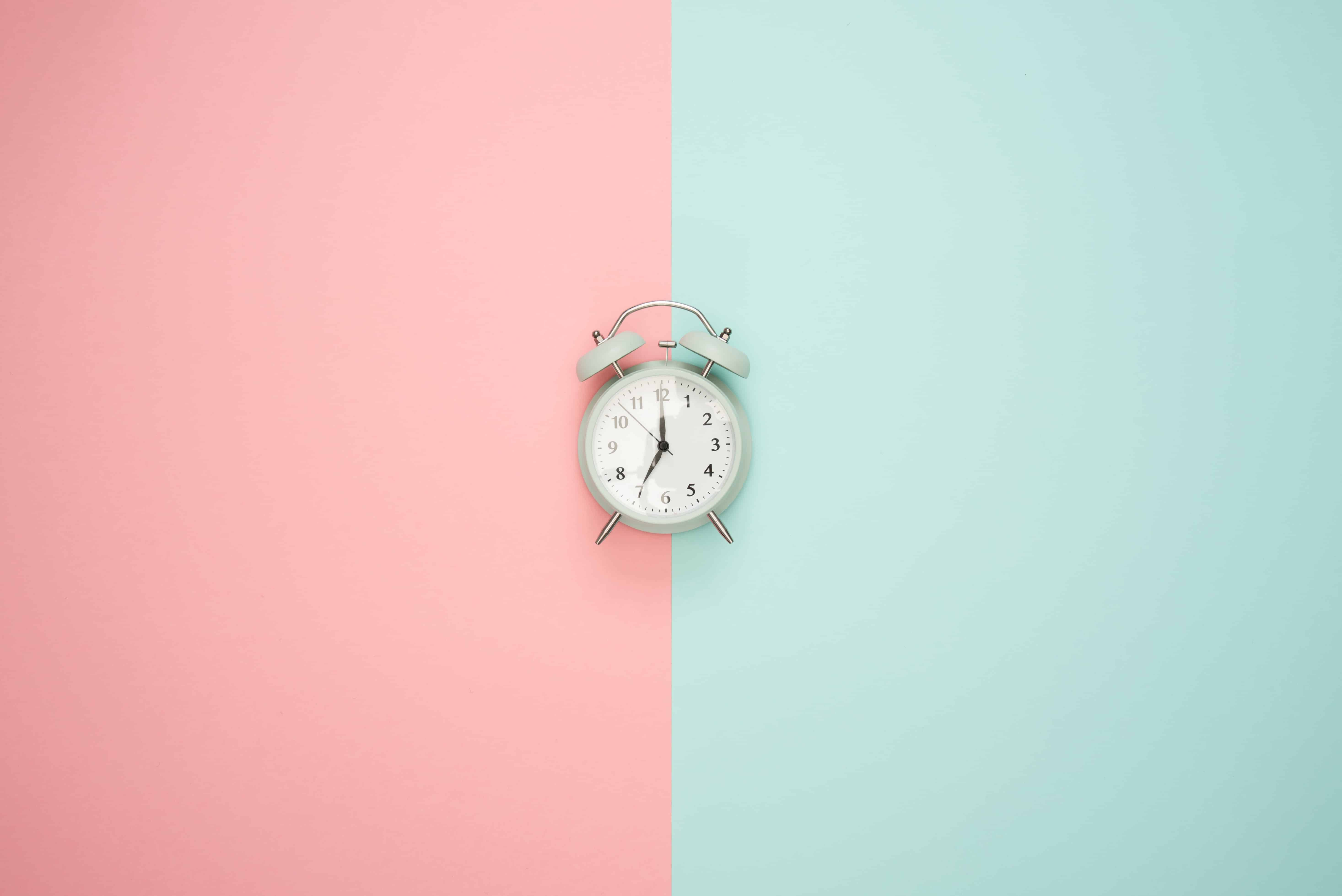 The Best Time to Post on Social Media Is?
